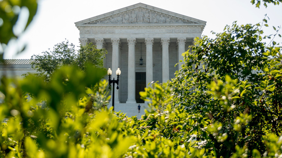 Supreme Court expected to rule on whether Congress can see Trump's tax records