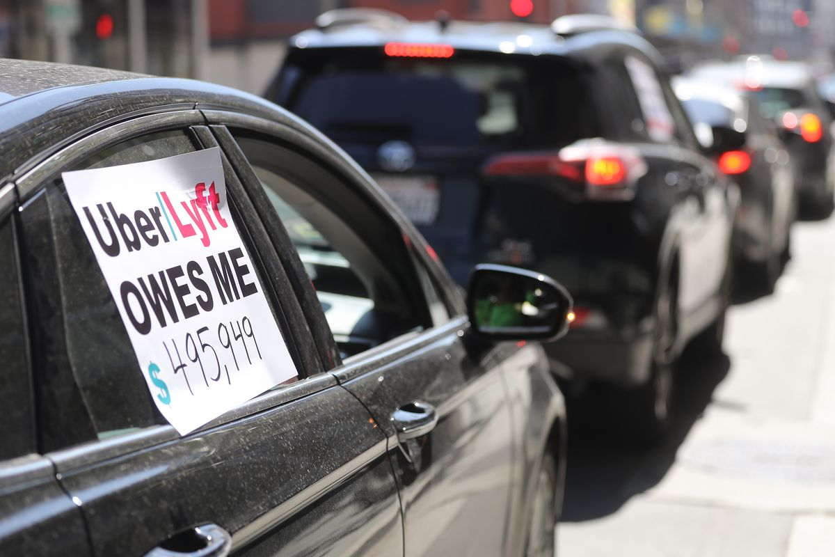 Judge orders Uber, Lyft to treat their California drivers as employees instead of independent contractors