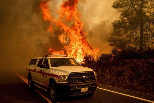 Big California Wildfires Burn on as Death Toll Reaches 7