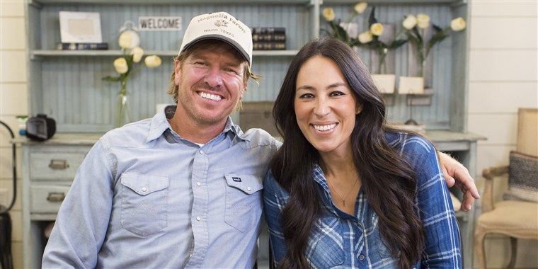 Chip and Joanna Gaines are bringing back 'Fixer Upper'