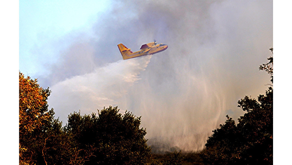 Crews stop growth of Martindale fire near Santa Clarita, evacuation orders still in place