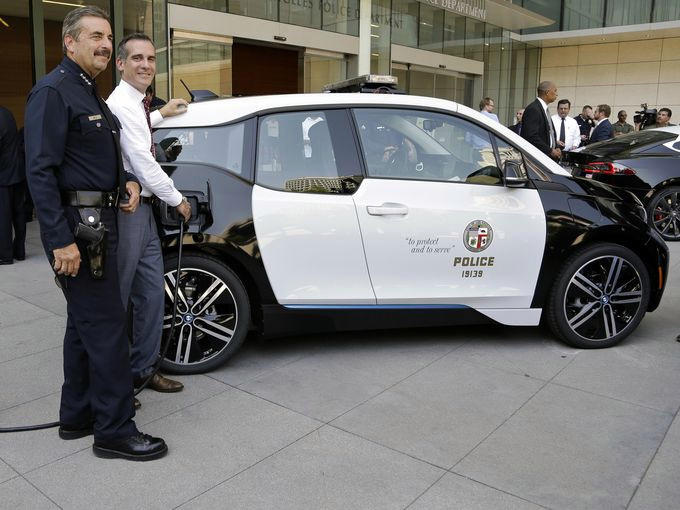 How a North Carolina teen helped sell the LAPD's unwanted fleet of electric cars