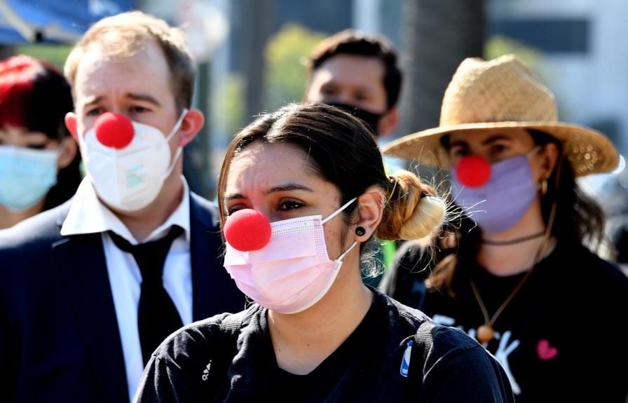 Activists protest homeless encampment sweeps outside LA mayor's home