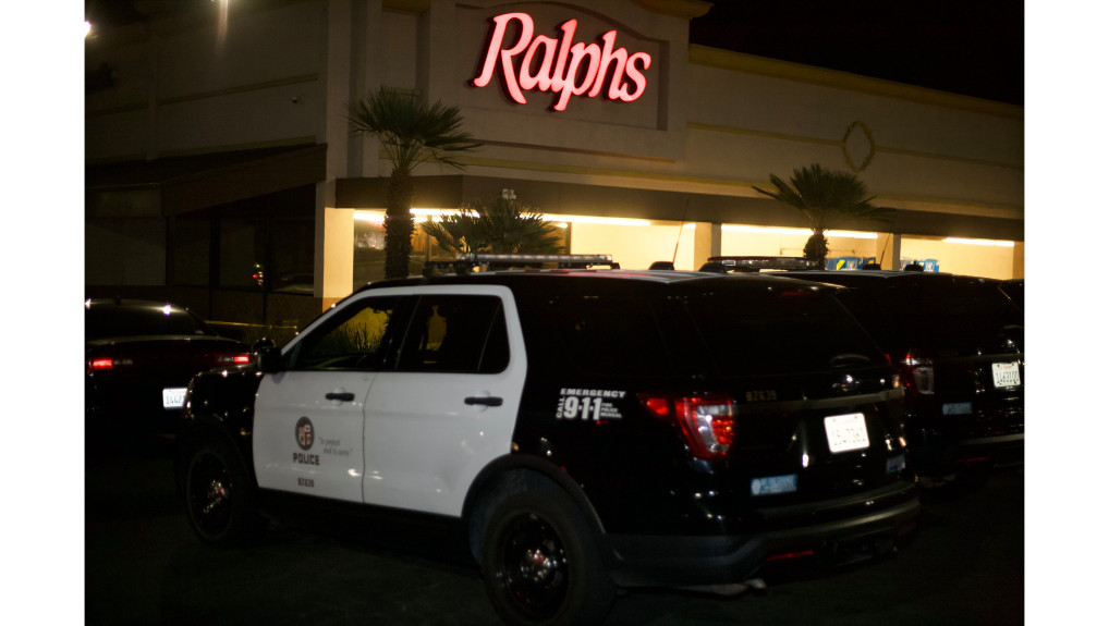 LAPD chief gives more details on wild police foot chase, shooting inside Granada Hills Ralphs