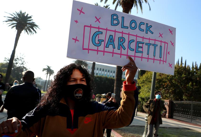 Daily protests continue at LA Mayor Garcetti's home