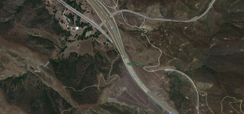 One killed, four injured in crash on 5 Freeway in Castaic