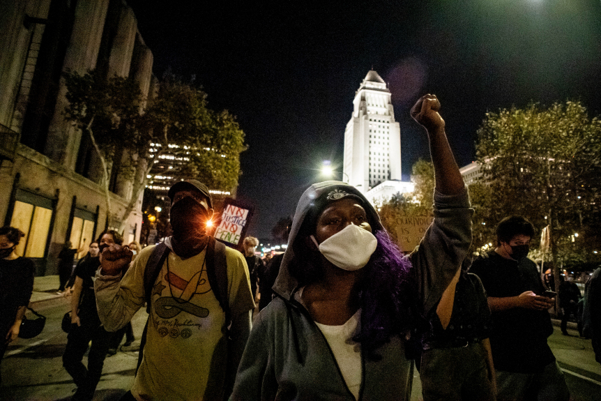 Peaceful post-election protests held in Long Beach, Los Angeles
