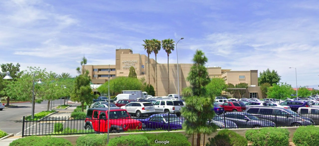 COVID-19 patient suspected of killing another at Lancaster hospital