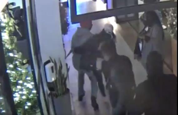 LAPD urged to arrest possible 'Karen' in viral New York hotel lobby video