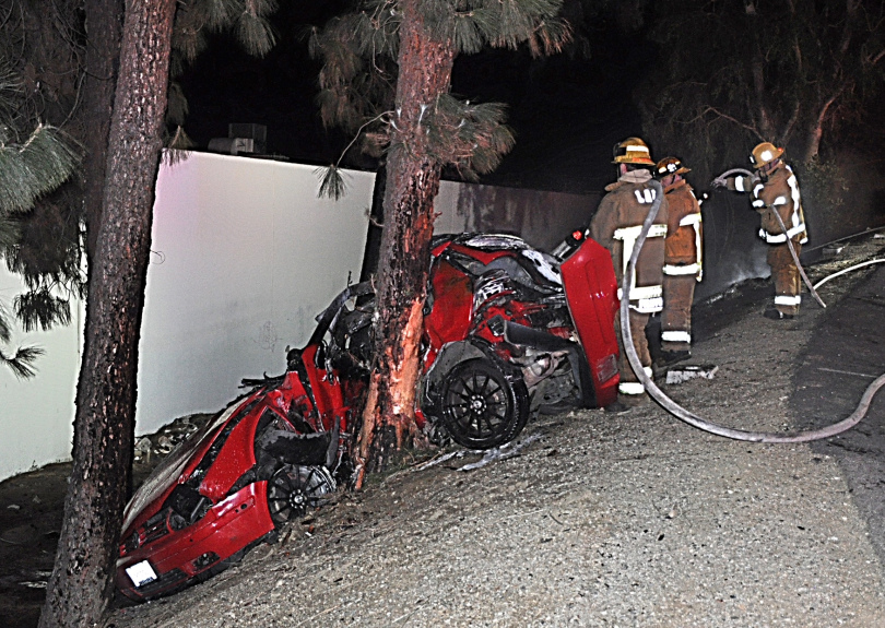 Fatal and fiery crash in North Hills marks end of Van Nuys pursuit