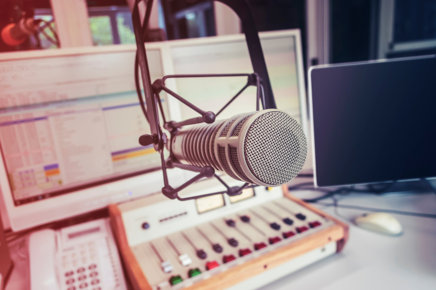 Can LA talk radio find the next Rush Limbaugh to bring back listeners?