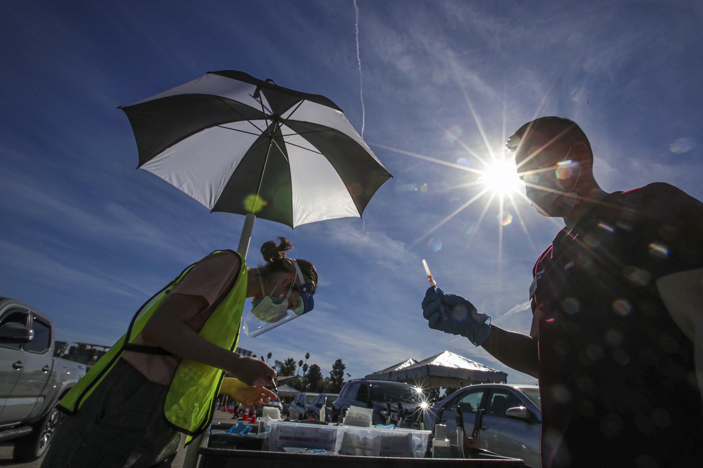 Anti-vaccine protesters at Dodger Stadium could face arrest if they interrupt lines again