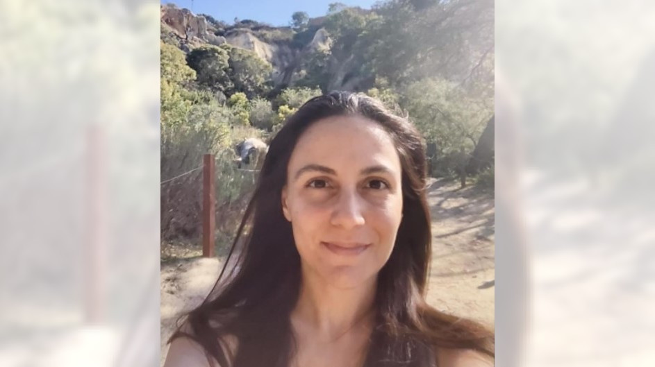 Authorities search snow-covered Angeles Forest for missing Glendale woman, 37