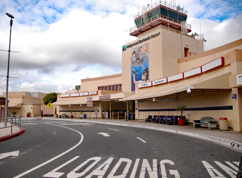 System outage causes delays at Hollywood Burbank Airport