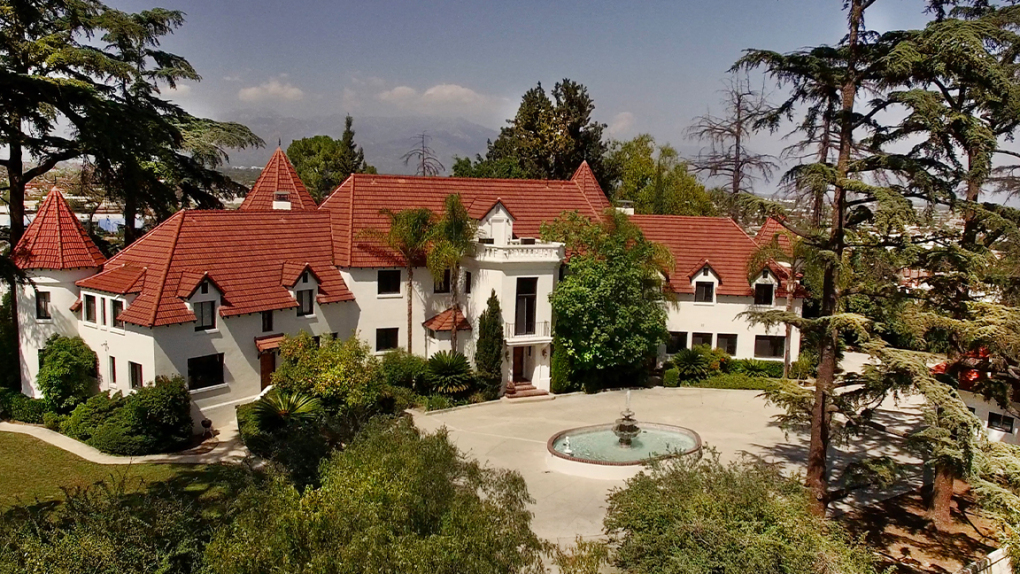 Alhambra home where Phil Spector murdered actress sells for $3.3 million