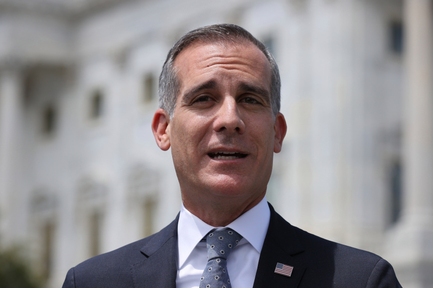 Mayor Garcetti extends hours to expand appointment-free vaccine access