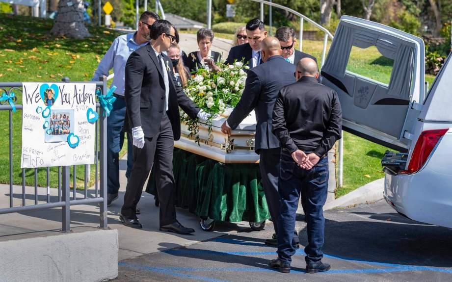 Memorial service held for 6-year-old boy killed on 55 Freeway in Orange