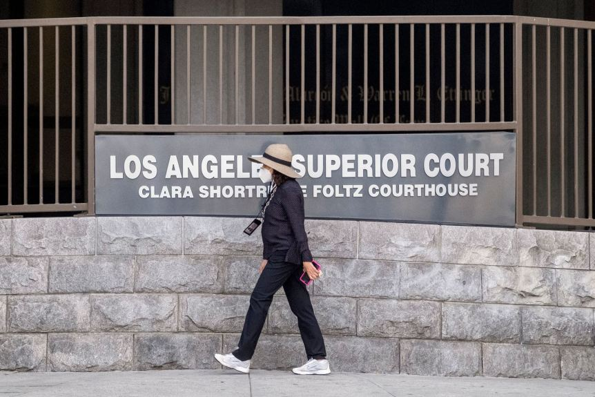 Public to be allowed back into LA County courthouses with social distancing dropped