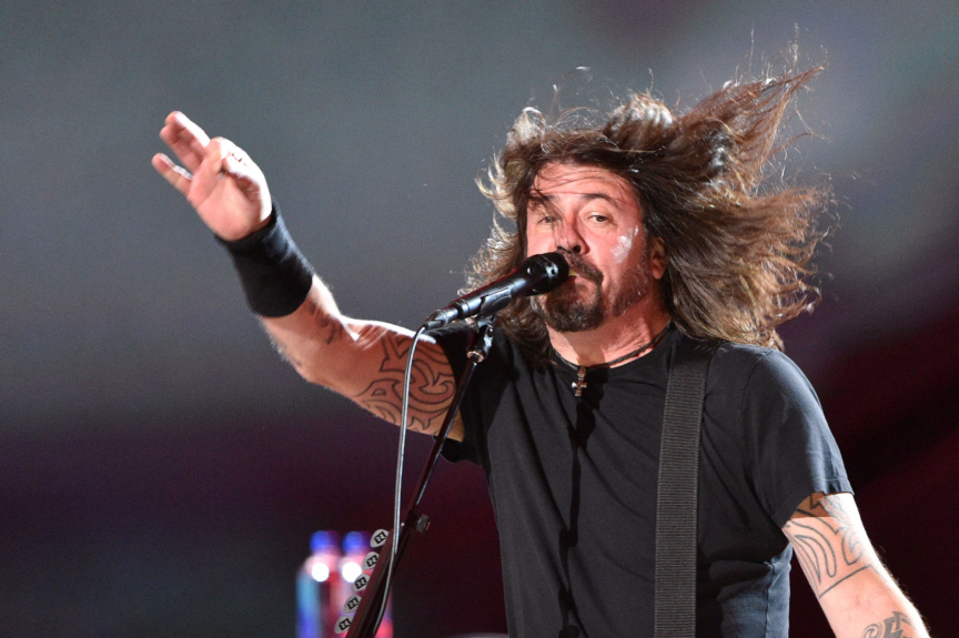 Foo Fighters postpone Forum show due to COVID-19