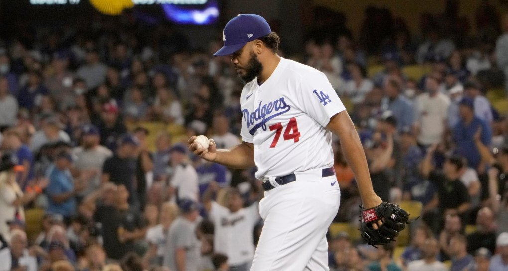 Blown save by Kenley Jansen keeps Dodgers from gaining share of first place