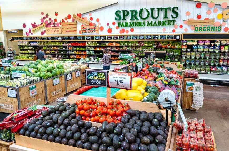 Sprouts Farmers Market debuts new look, part of 20-store expansion