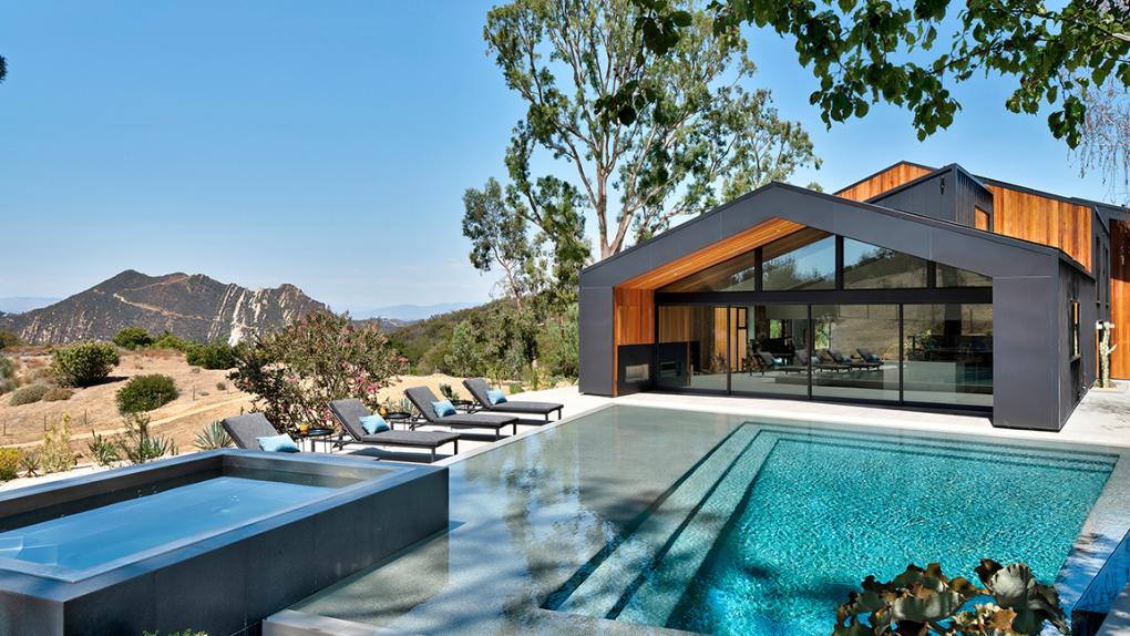 Award-winning Calabasas home seeks $6 million