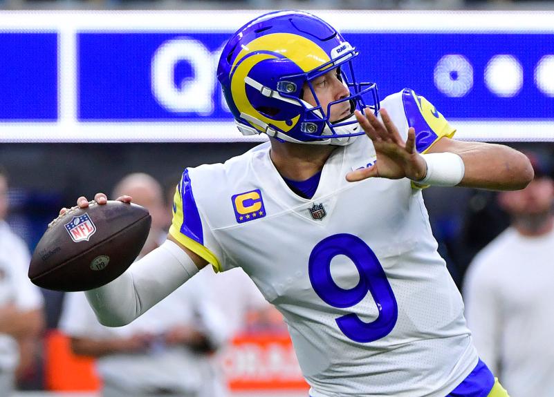 Rams QB Matthew Stafford's long strikes beat Bears