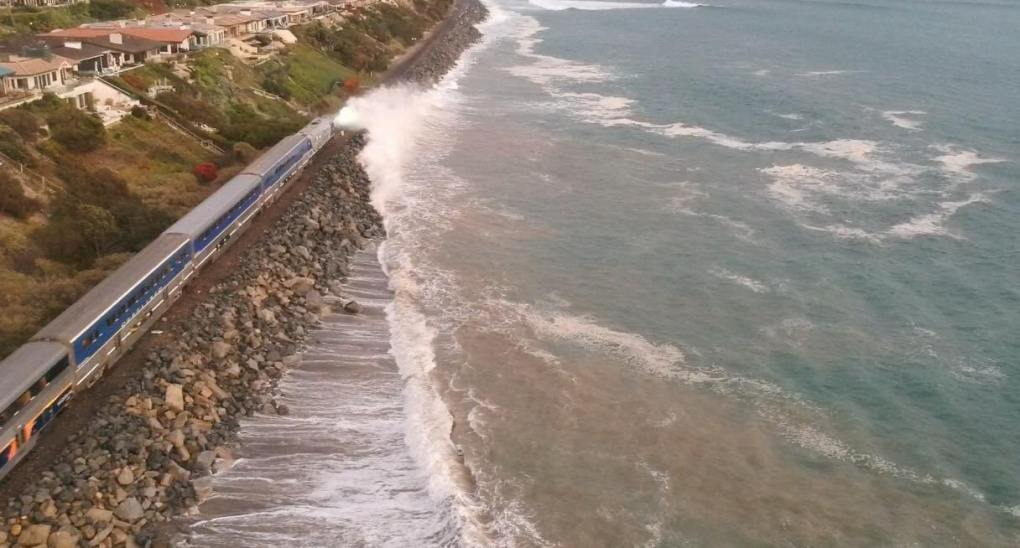 Metrolink and Amtrak service shuts down south of Laguna Niguel to Oceanside because of ground movement